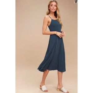 Lulus navy midi dress NEW with tags